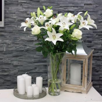 White Roses & White Lilien